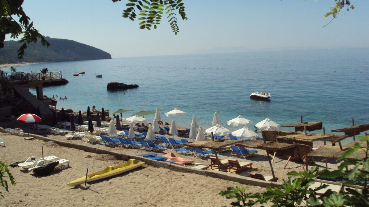 Holiday apartments for rent in Albania, Dhermi