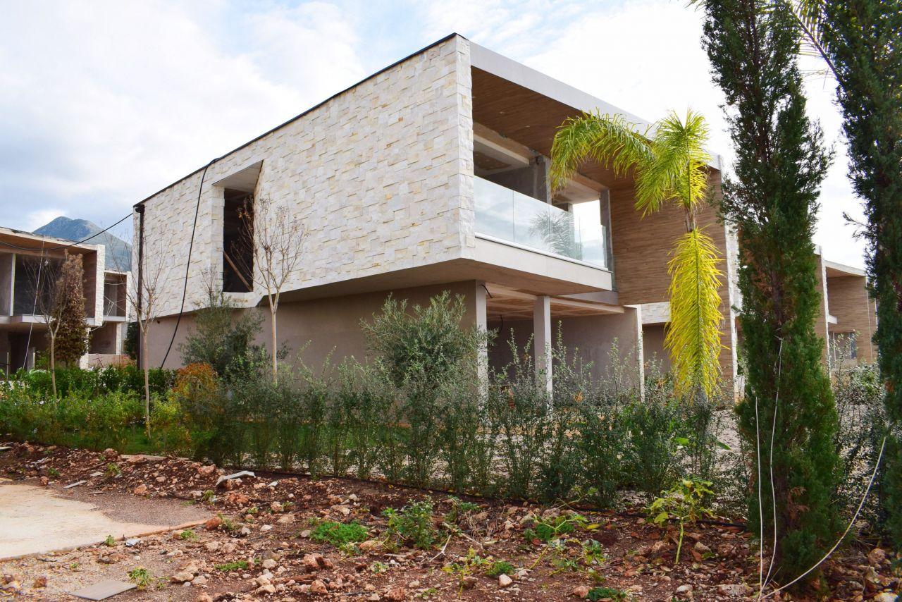 Olea Residence Villa Eladó Dhermiben