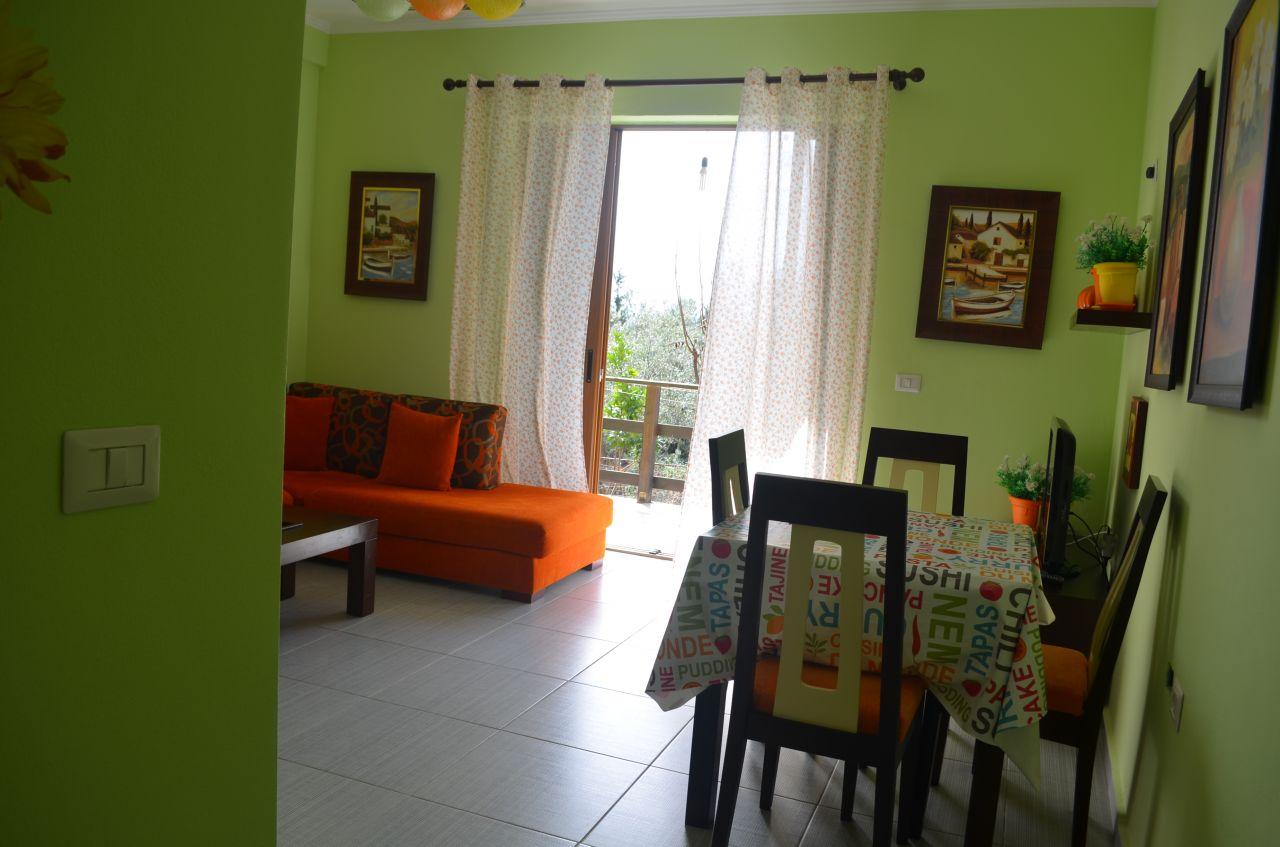 Nyt den fantastiske leiligheter i Dhermi. EIENDOM I albanske kystlinje