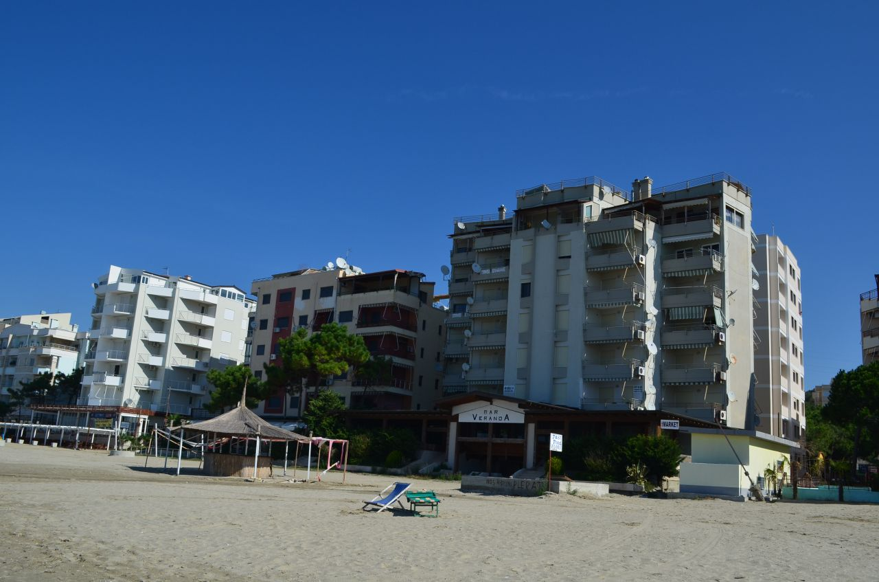 Vacation apartment in Durres for Rent sandy beach