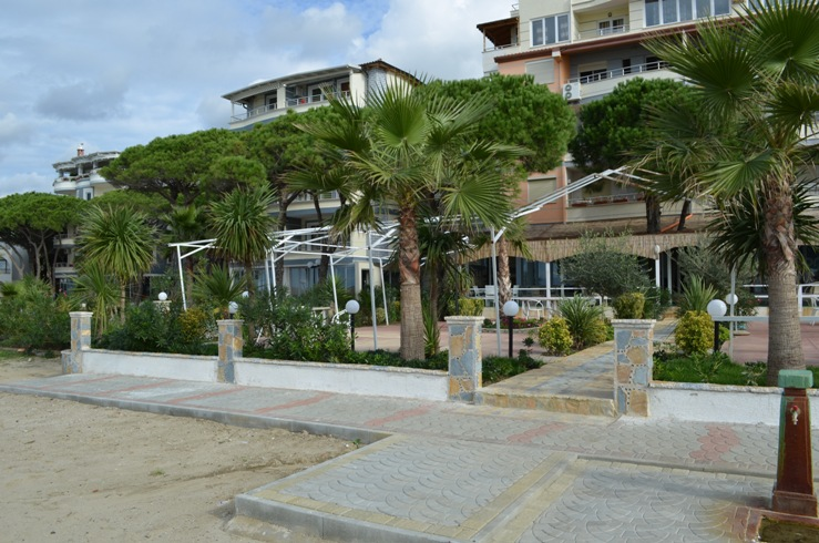 Rent Holiday Apartment in Albania, Durres.  Apartment for Rent in Durres, Next to Sea