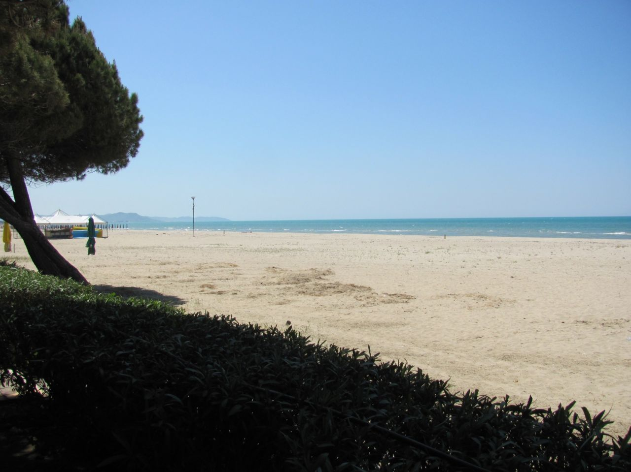 Rent Holiday Apartments in Albania, Durres. Rent Apartment in Durres.