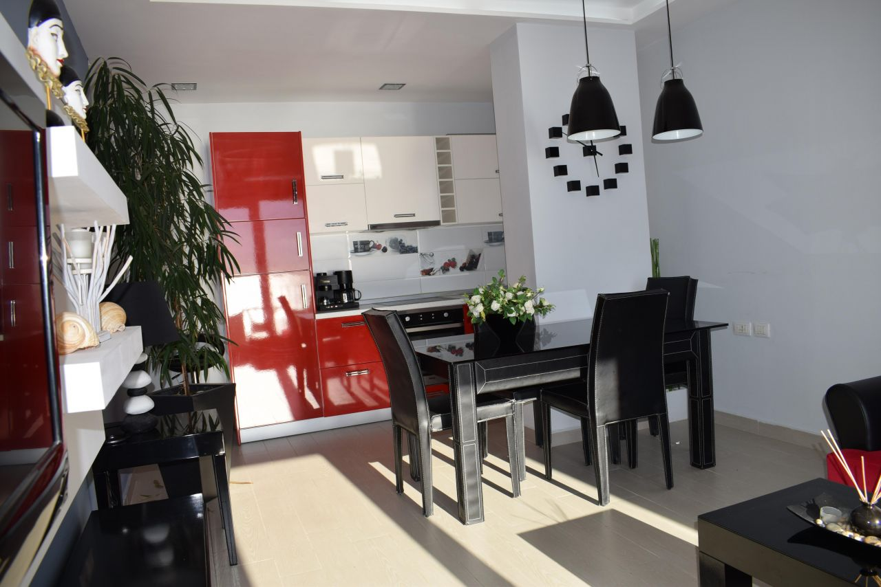 Holiday apartment with sea view fo rent in Durres