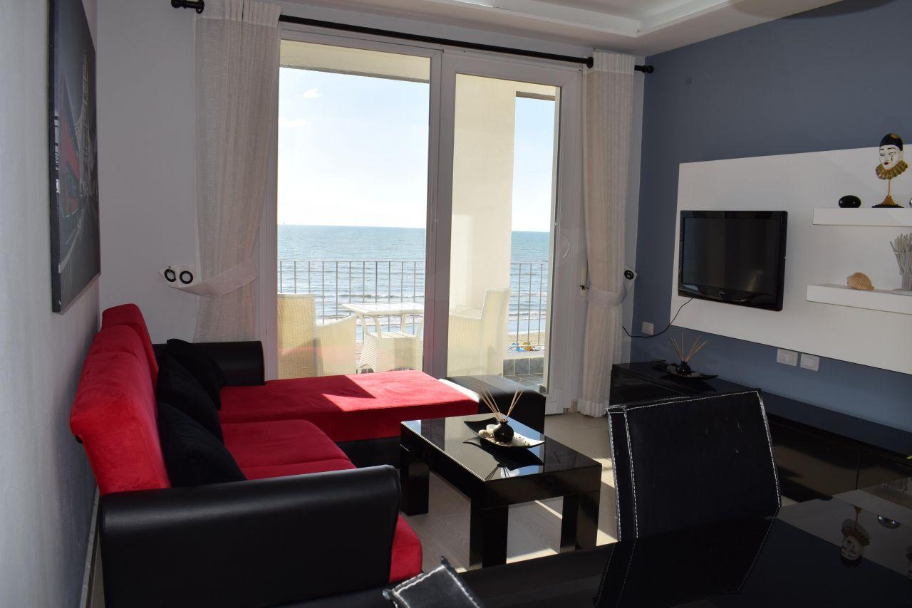 Appartamento di Vacanze a Durazzo. Appartamento in Prima Linea con Vista sul Mare in Durrazzo