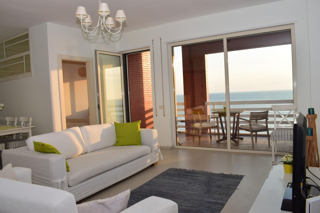 Holiday Apartment in Durres. Apartment with sea view  in Durres