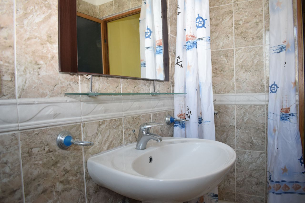 Holiday Apartment for rent in Durres. One bedroom apartment.