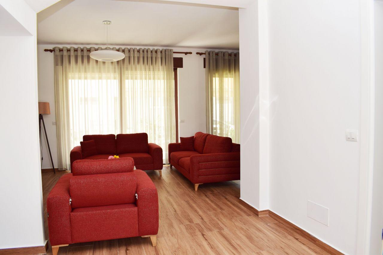 Vile Pushimi Moderne me Qera ne Perla Resort