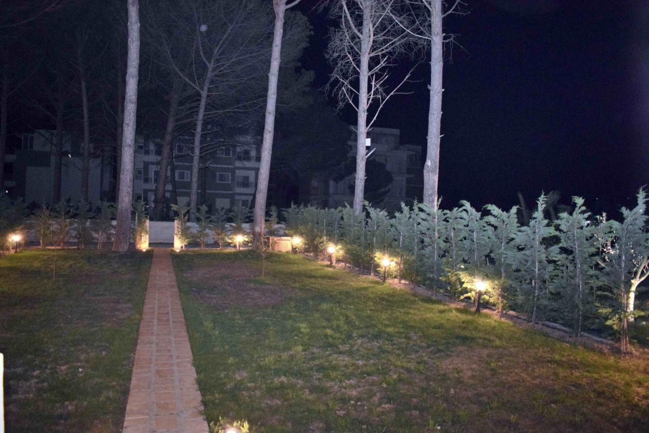 21 Lura 3 Resort, Gjiri i Lalzit, Durres 2000