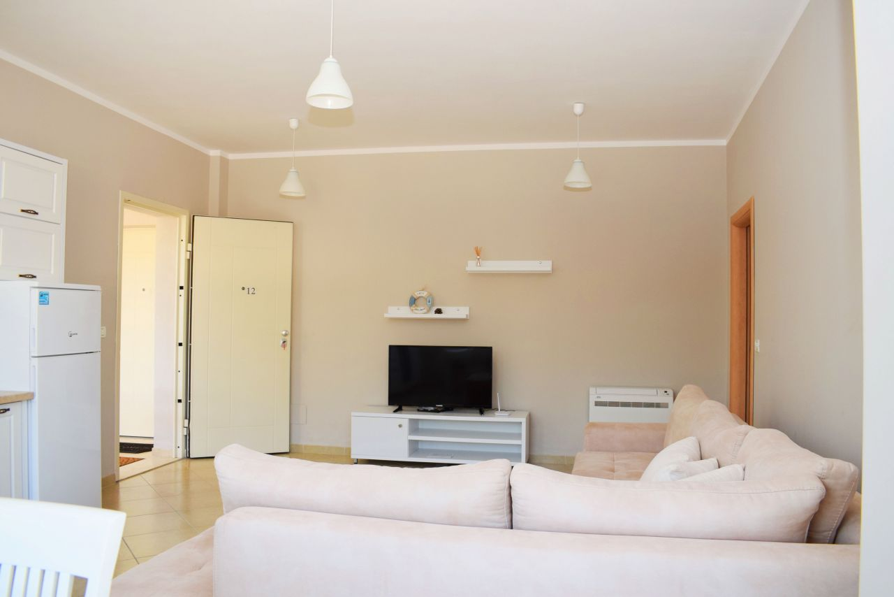 Rent Holiday Apartment in Lura 2 Resort, Lalzit Bay