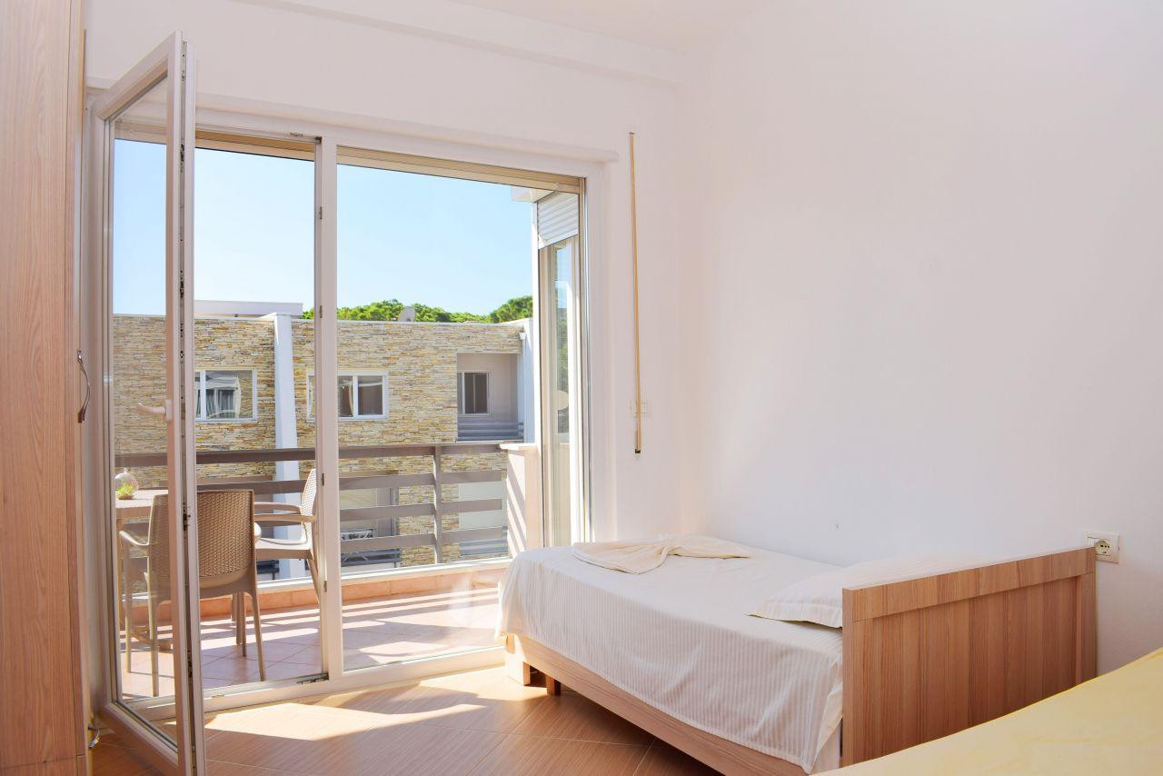 Apartament na Wakacje w Lura 2 Resort, Lalzit Bay