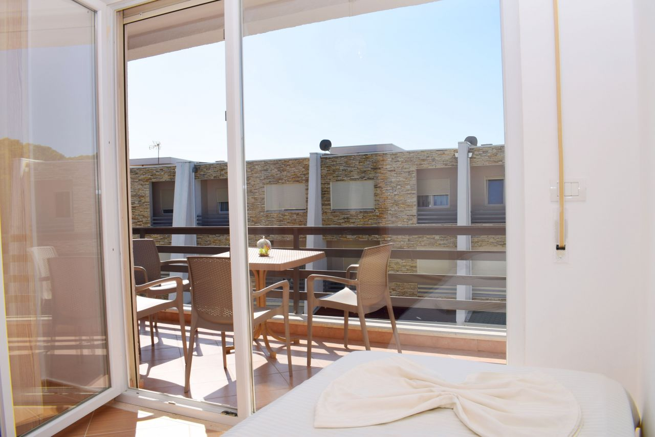 Holiday Rental Apartment in Lura 2 Resort, Lalzit Bay
