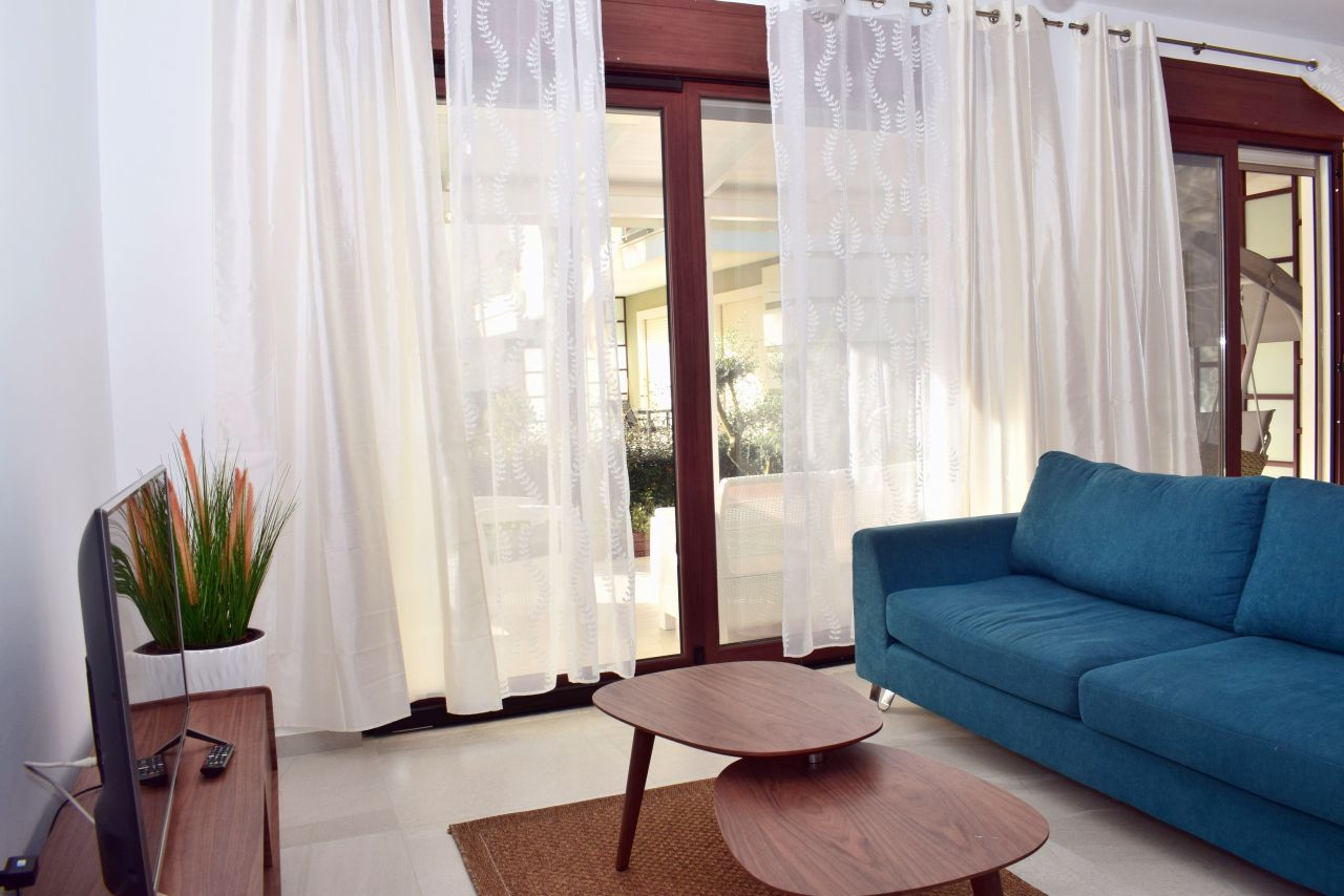 Rent Holiday Villa at Perla Resort Lalzit Bay