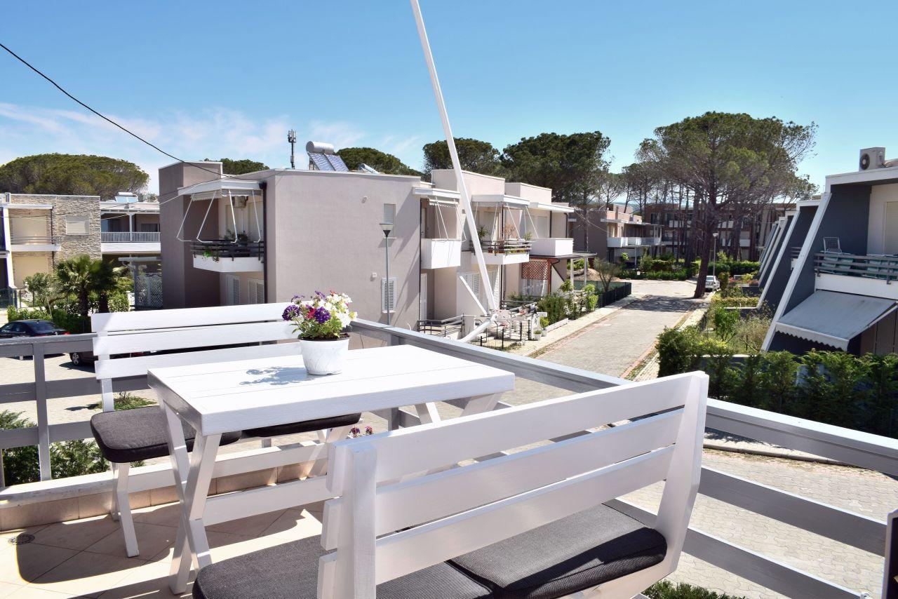 Wood Apartment for Rent at Lura 3 Resort