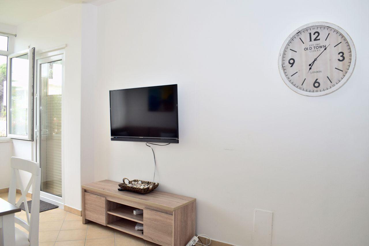 Apartament me Qira me Kopsht ne Gjirin e Lalzit. Pushime ne Durres