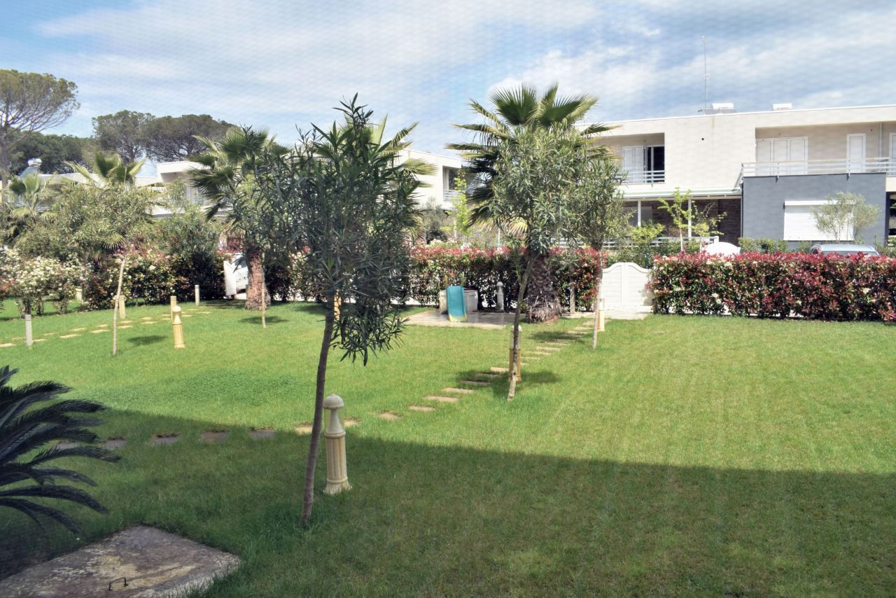 Apartment for Rent with Garden in Gjiri i Lalzit. Vacations in Durres