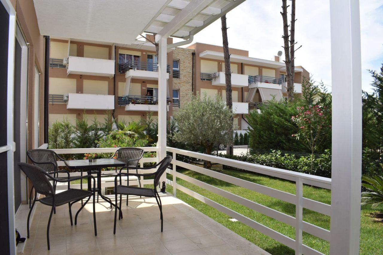 Сдается квартира на первом этаже в курорте Лура 3