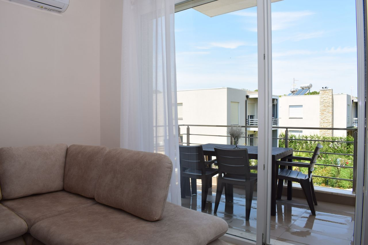 Holiday Apartment For Rent At Gjiri Lalzit