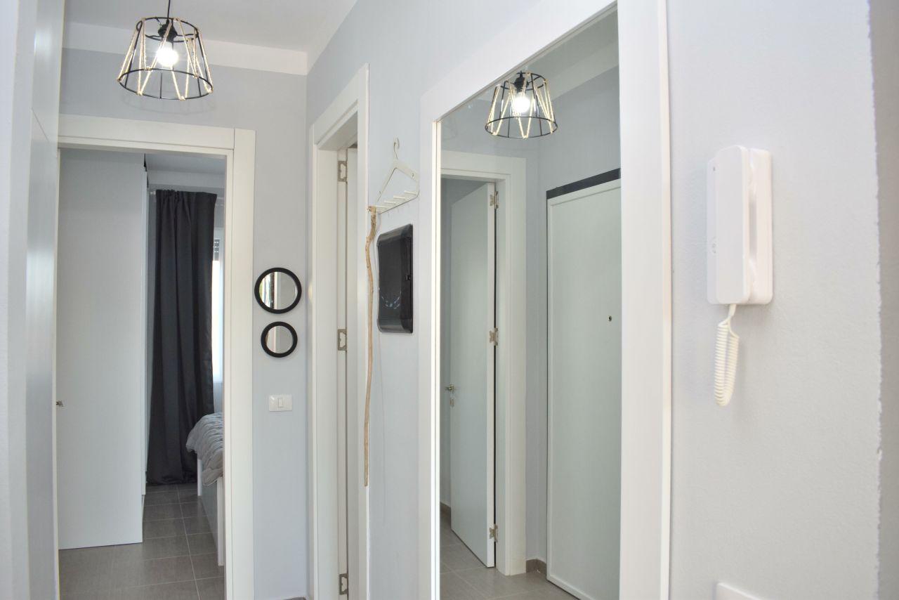 Полностью меблированные апартаменты для отдыха в бухте Лалзит, Дуррес