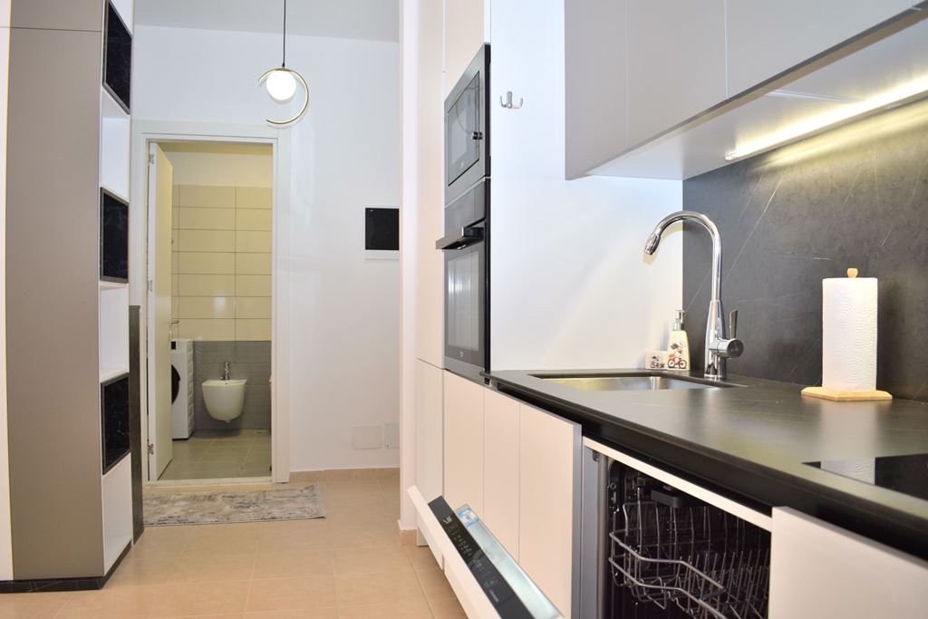 Holiday Apartments For Rent With Garden In Vala Mar