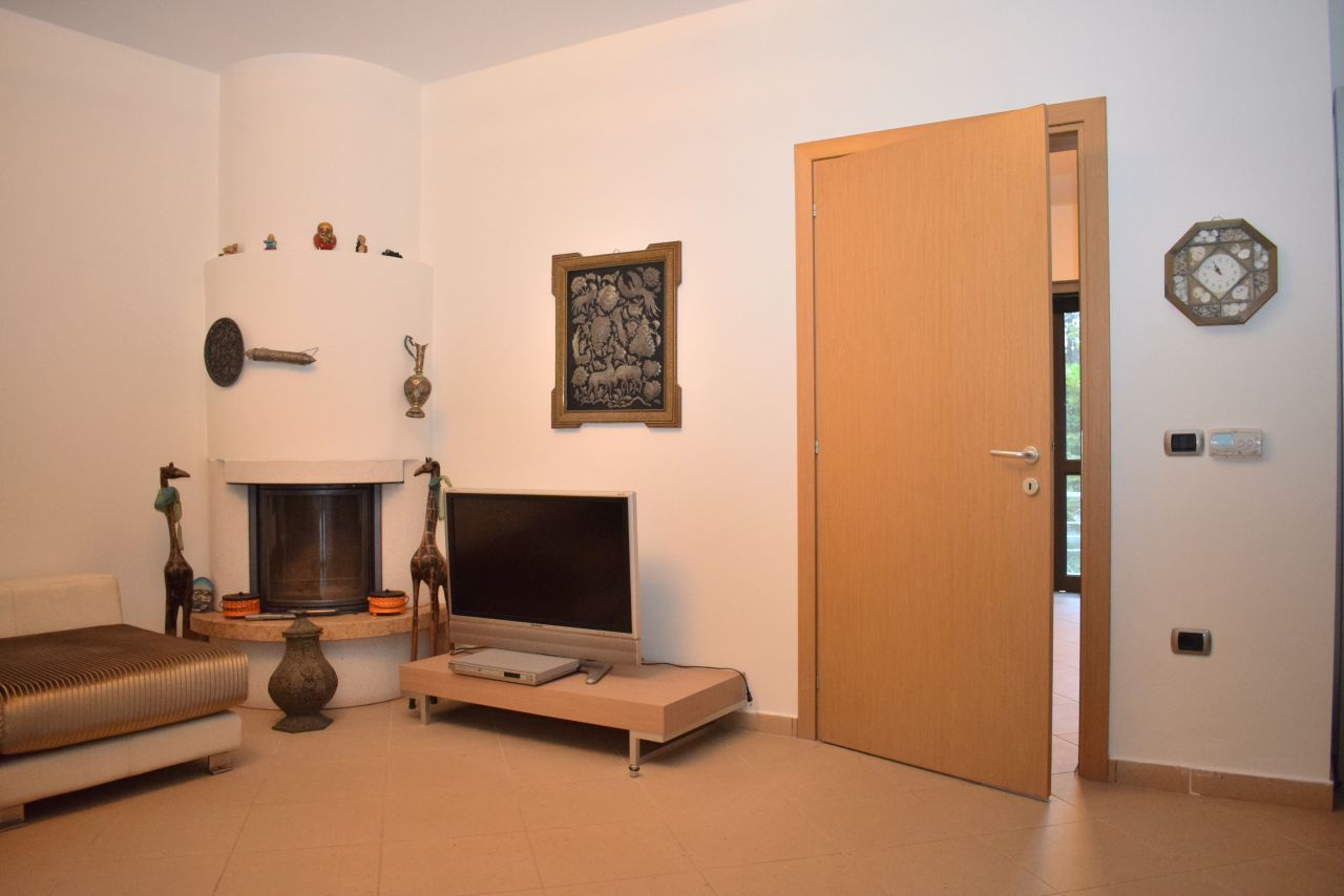 Rent Vacation Villa With Pool in Golem