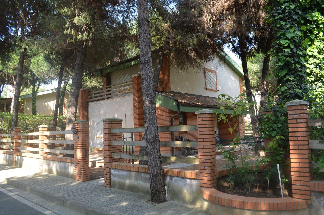 Villa in vendita a Golem, Durres