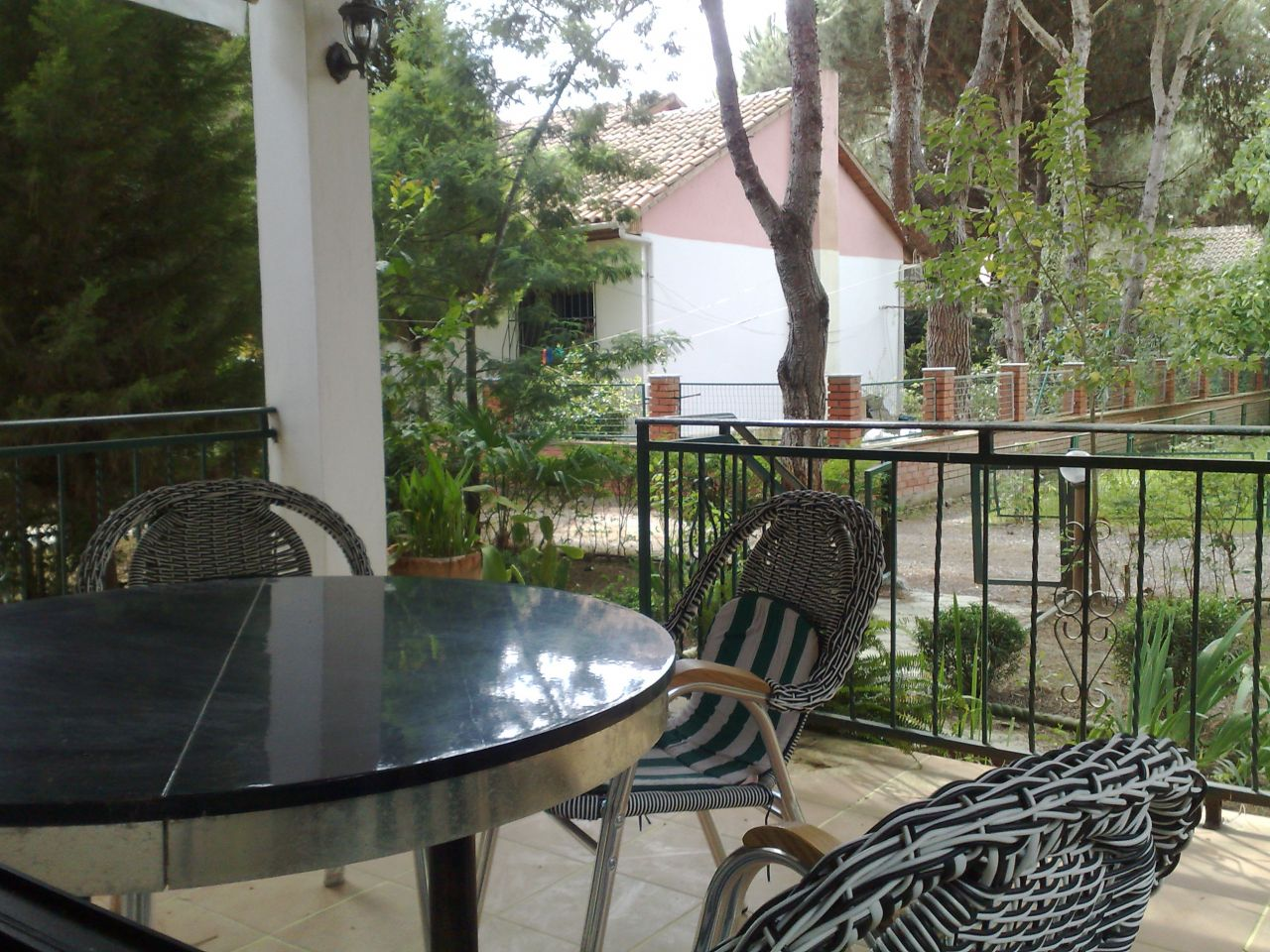 villas in durres beach for sale