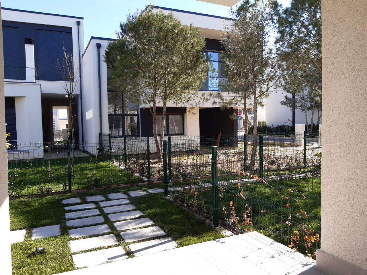 21 ValaMar Residences, Gjiri i Lalzit, Durres 2001