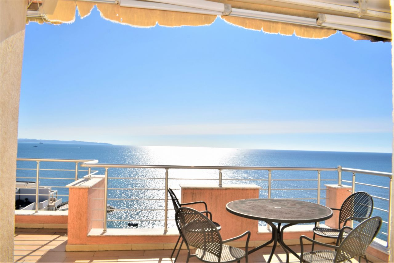 Apartment With Full Sea View Terrace In Durres