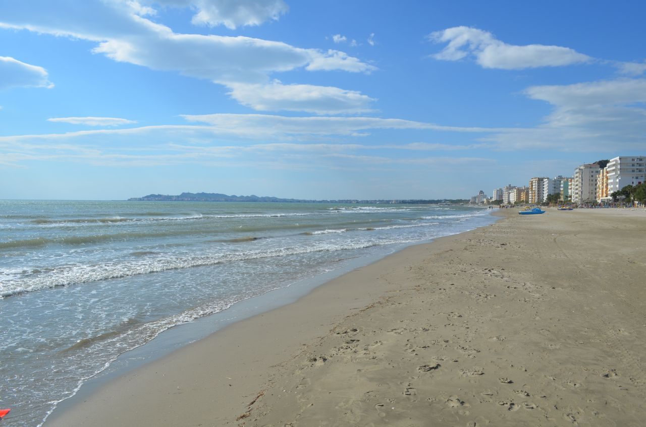 apartments for sale in Albania by the sea in Durres