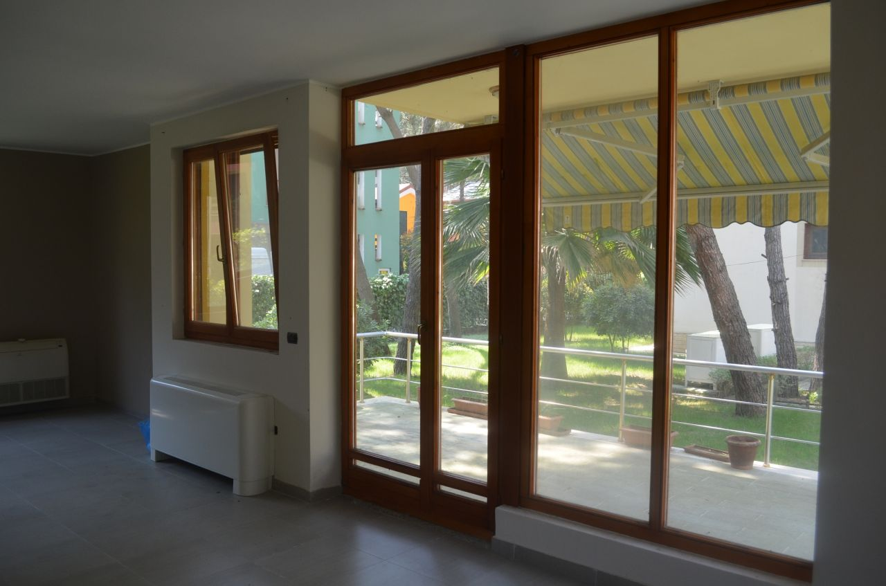 Vila for sale in Durres. The villa has a wonderful garden and is very close to the sea.