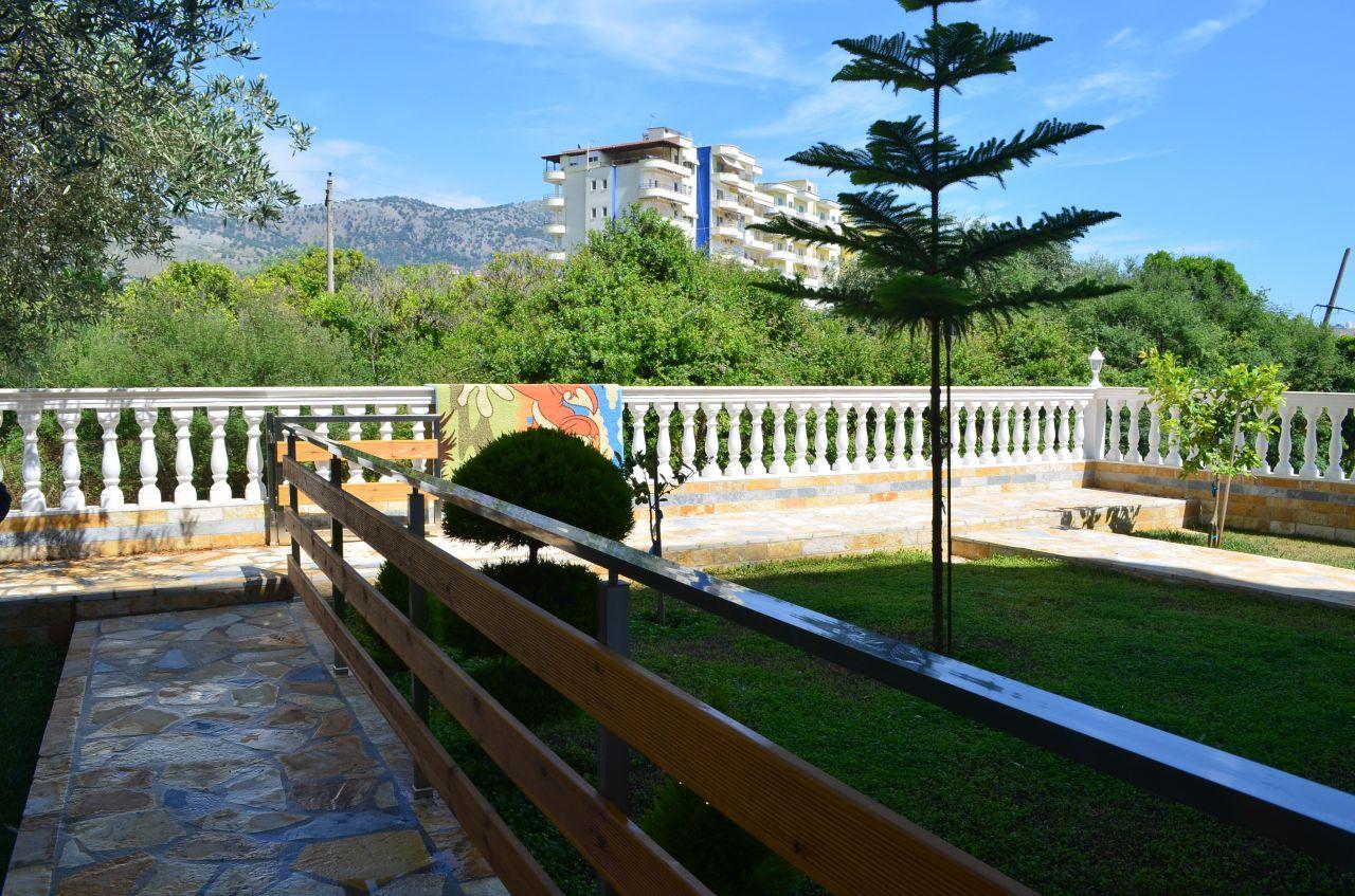11 Himarë, Vlorë 9425