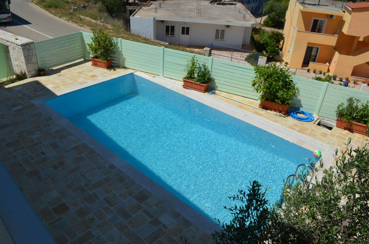 rent villa in ksamil with pool