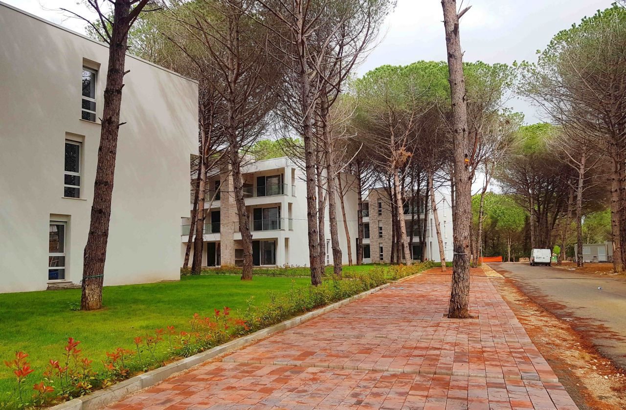 Apartamente ne  Shitje San Pietro Resort ne Gjiri i Lalzit