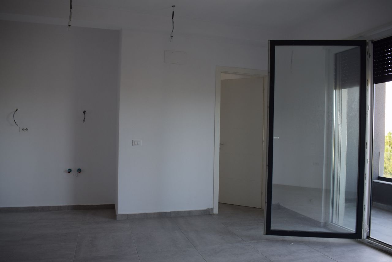 Apartament me Pamje Deti ne Gjirin e Lalzit Apartamente ne Shitje