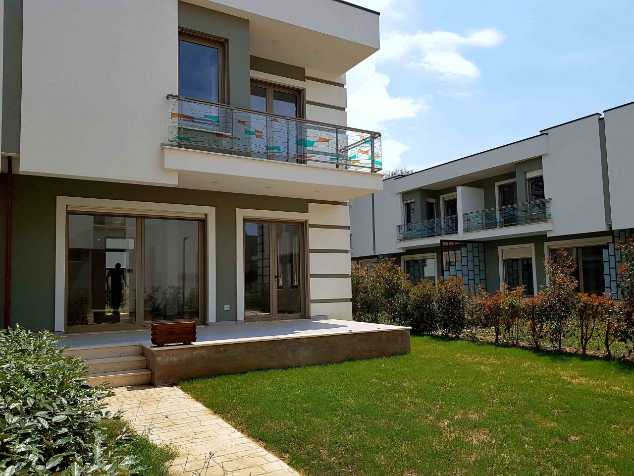 Villa in Perla Resort. Buy Villas in Gjiri Lalzit