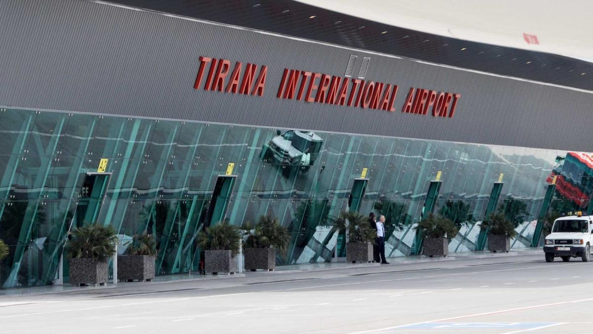 Albania's flights resume after 2-day airport closure