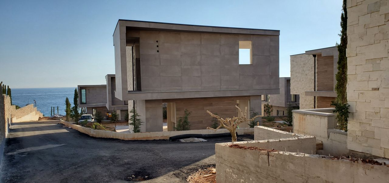 Albania Real Estate in Dhermi for sale, best quality construction of apartments in Dhermi