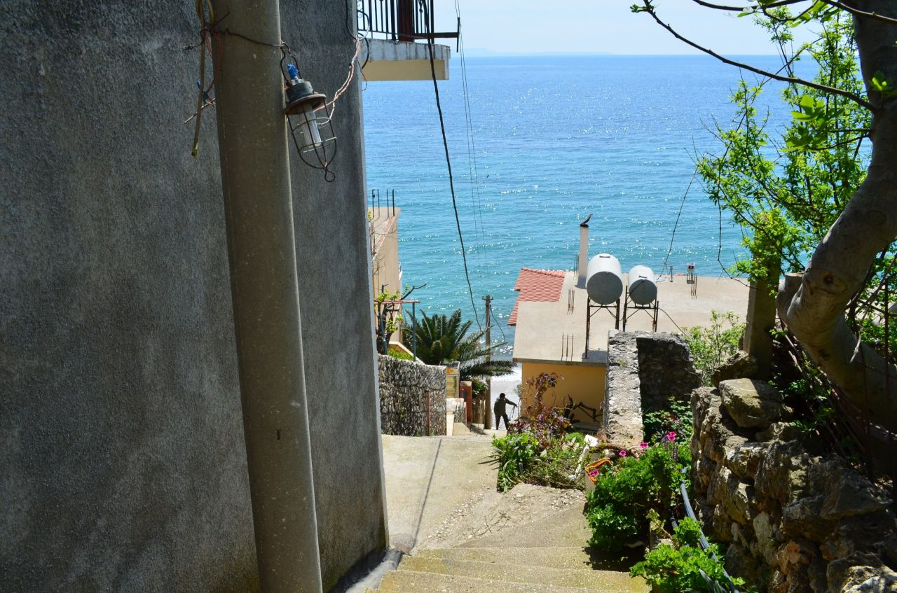 Holiday apartment for rent in Qeparo, very close to the sea.