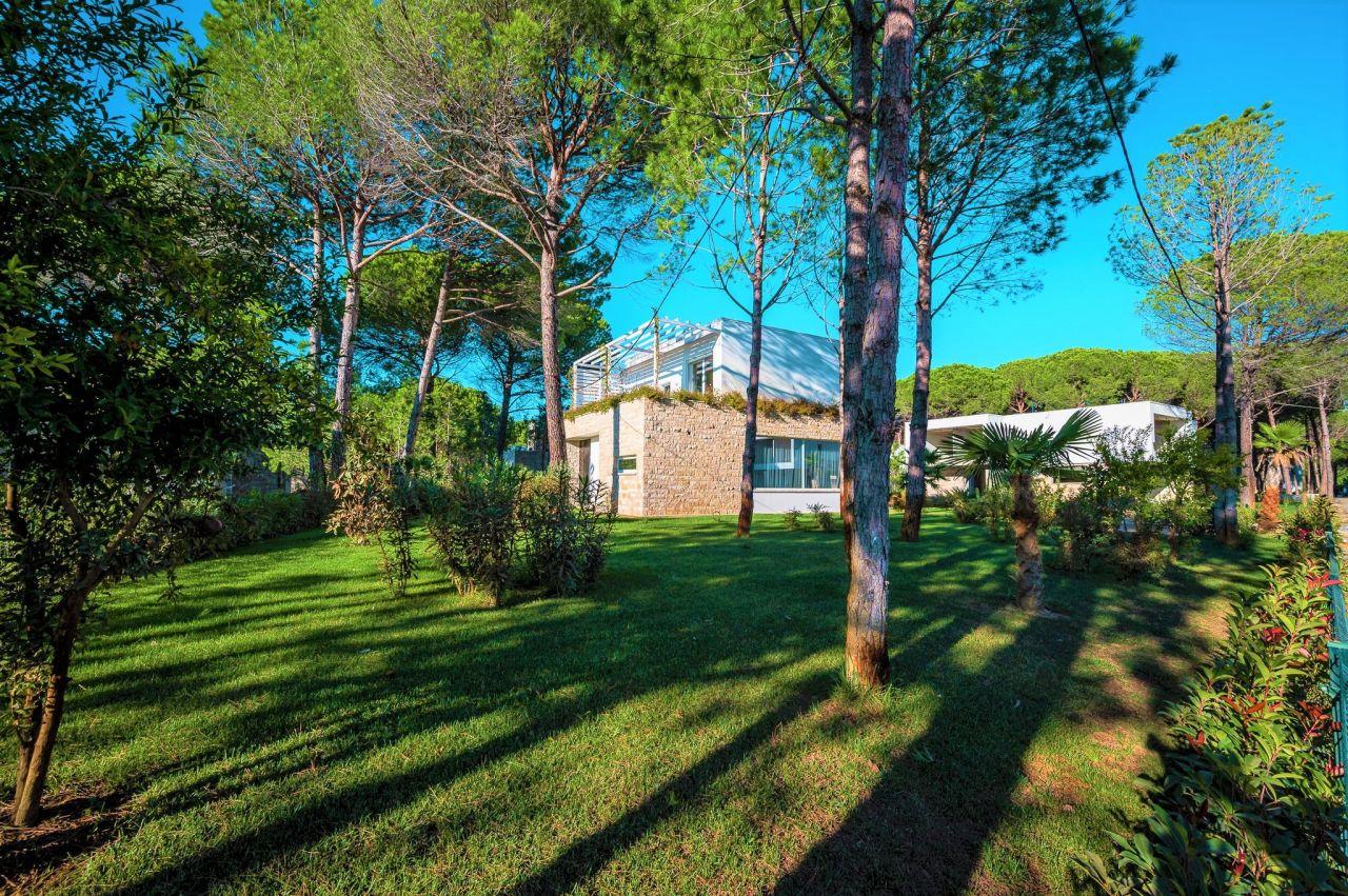 Individual Villa For Sale In San Pietro Resort Gjiri I Lalzit