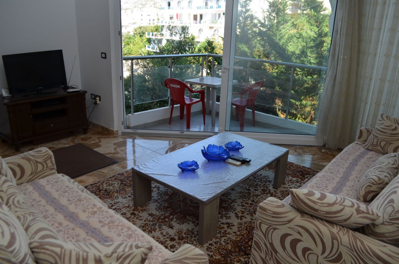 Apartament pushimi ne Sarande buze detit