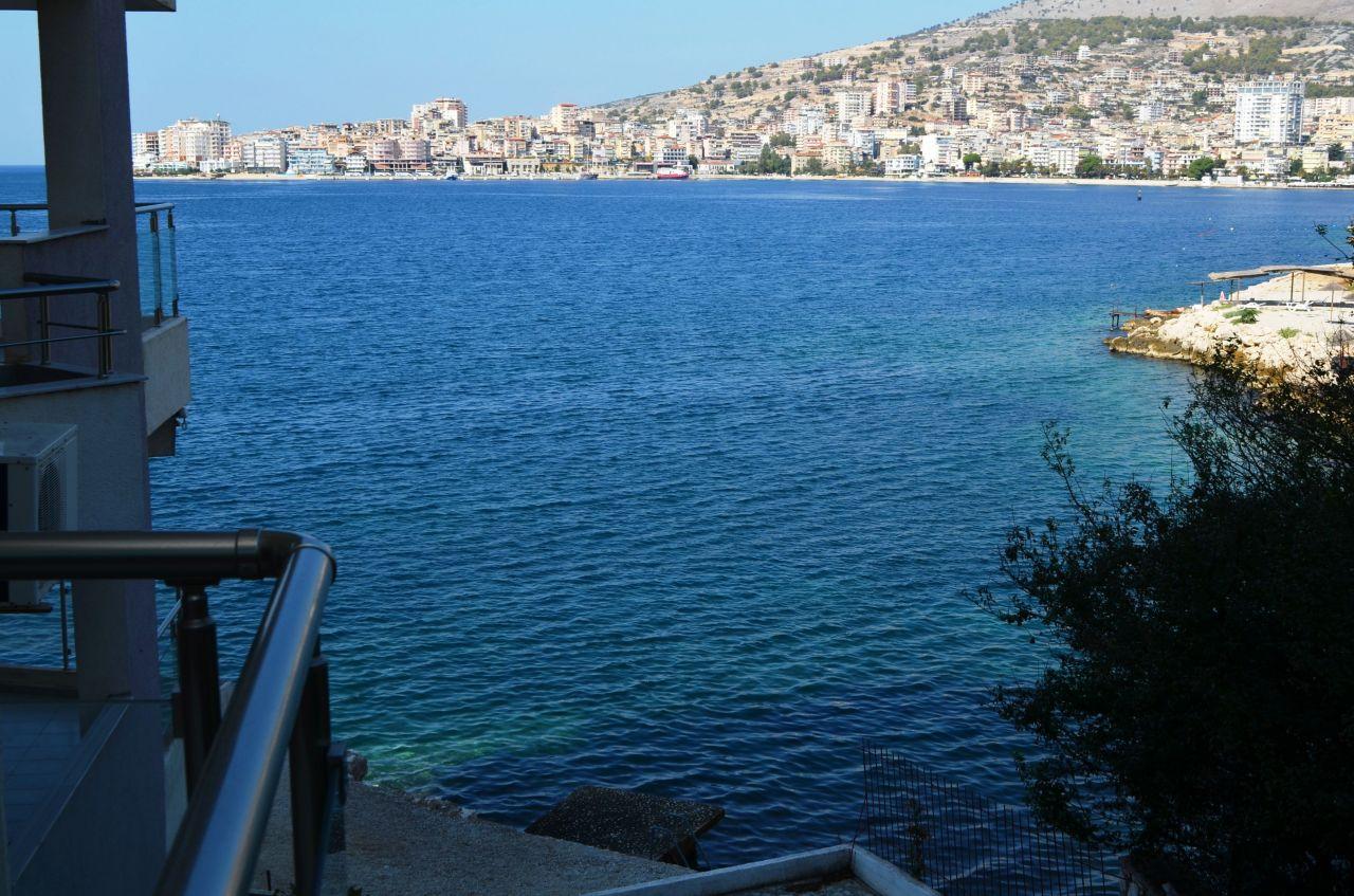 Nyaralás bérleti a város Saranda mindössze néhány méterre a tengertől.