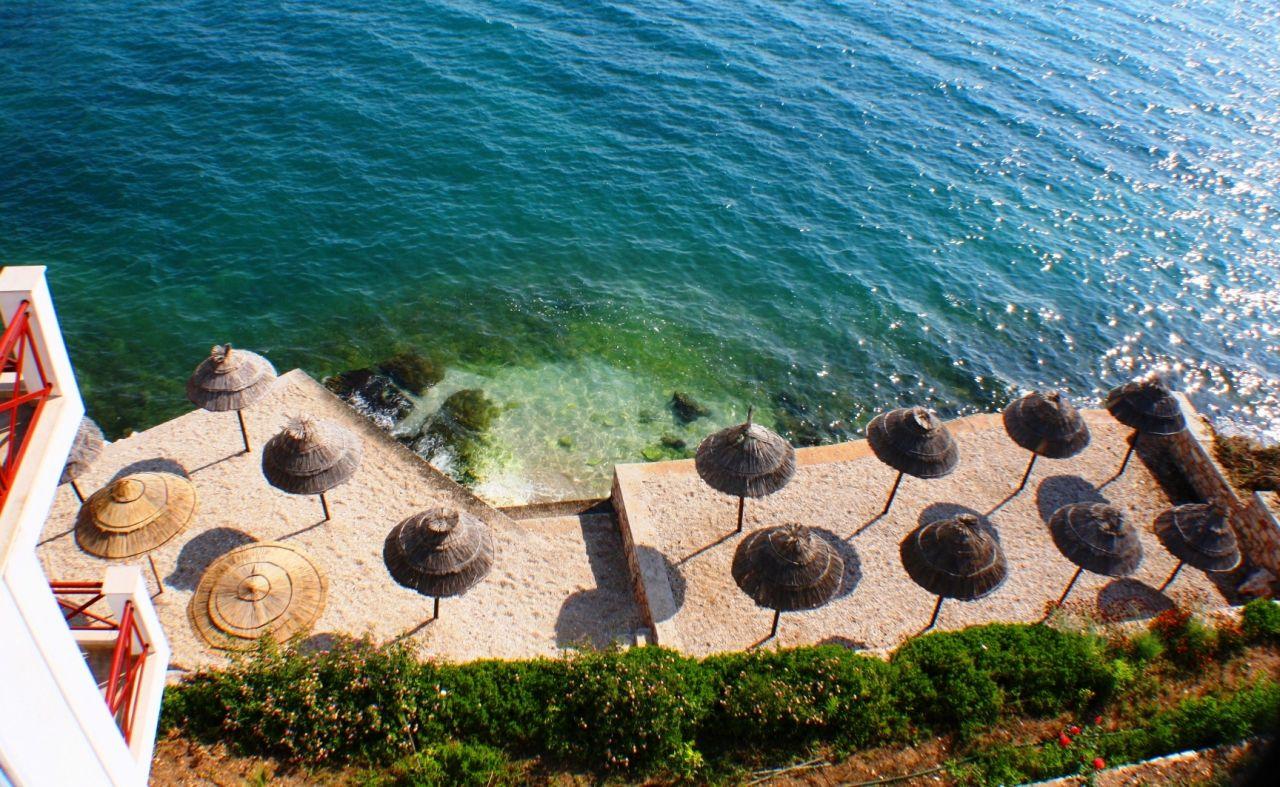 Wynajem na wakacje w mieście Saranda, zaledwie kilka metrów od morza.