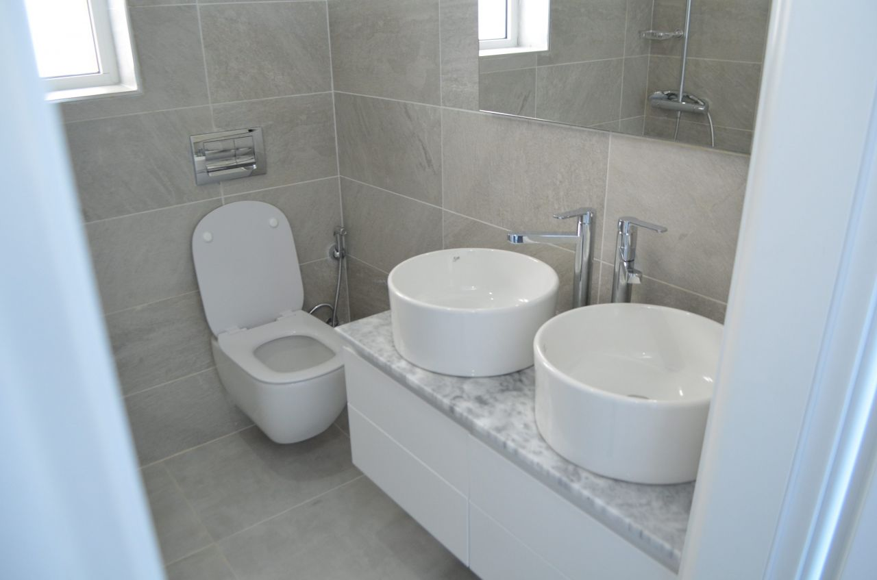 TWO BEDROOM APARTMENT FOR RENT IN SARANDA. HOLIDAYS IN ALBANIA
