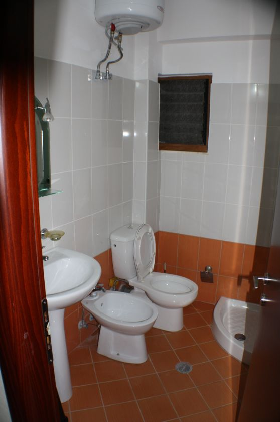 Rent for vacation in Saranda. Albania Property Group offer this apartment located close to the sea.