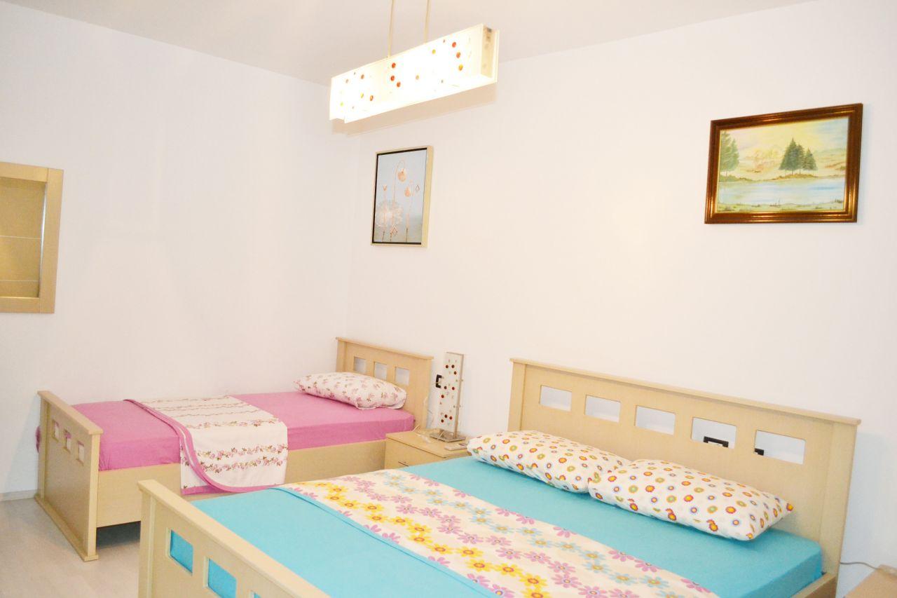 Holiday Apartments w Saranda powrotem cele mieszkalne, do letnich wakacji w albańskiej riwierze