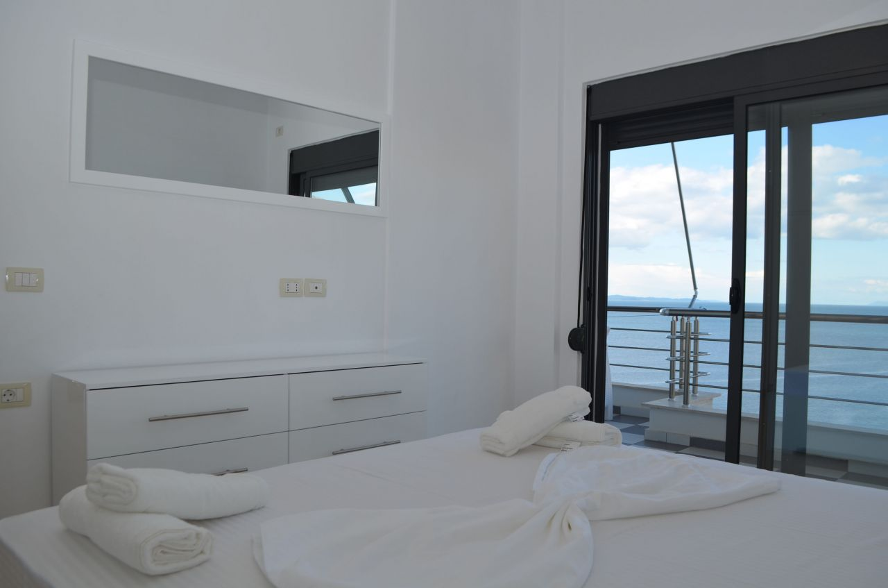 albania vacations apartment for rent in Saranda next to the sea front
