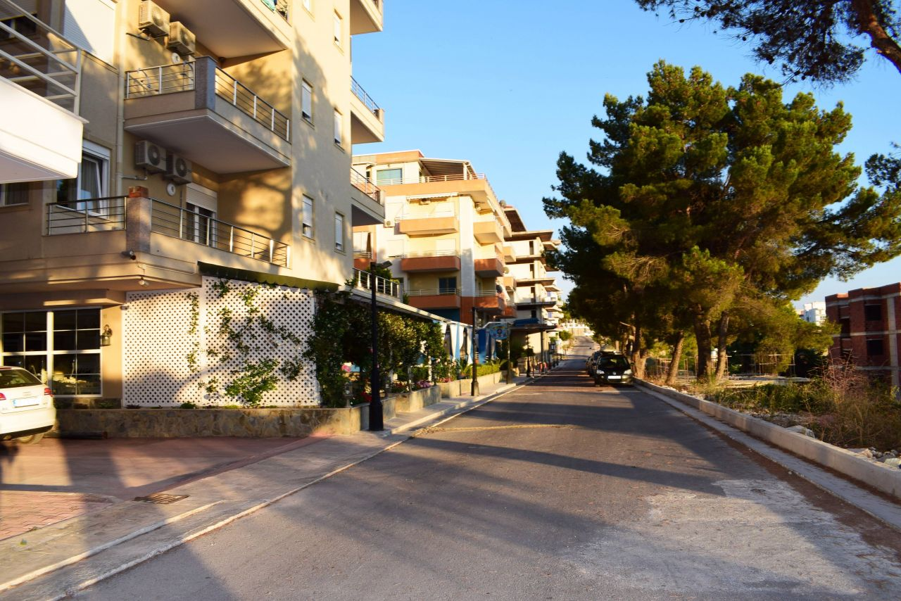 vacation rentals in saranda near the sea