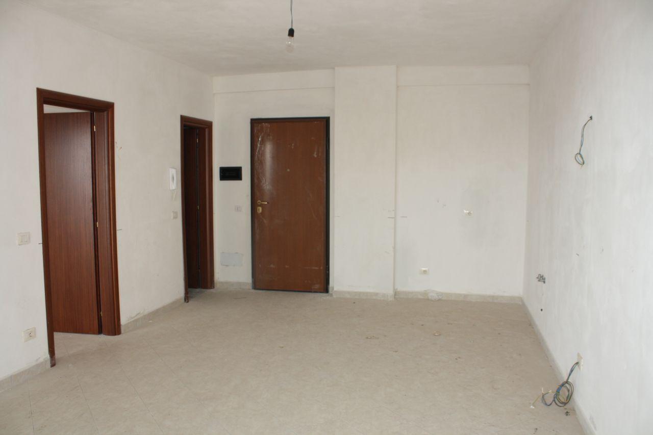 4 Rruga Naim Frashëri, Sarande 9701