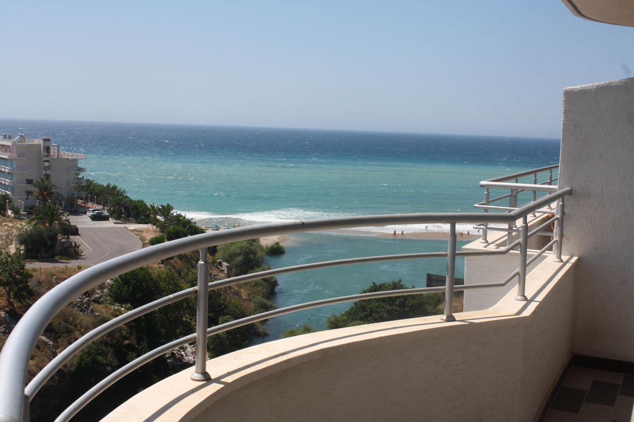 Buy property in Albania. Properties for sale in Saranda next to the beach.