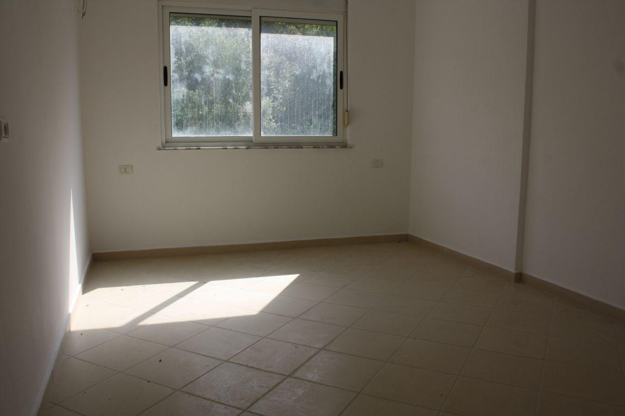 Apartament ne Sarande. Apartament per shitje ne  Shqiperi.
